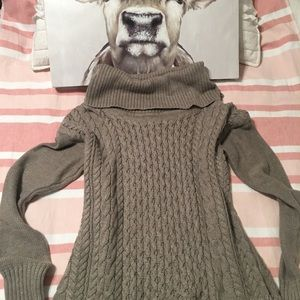 Yummy American Eagle sweater